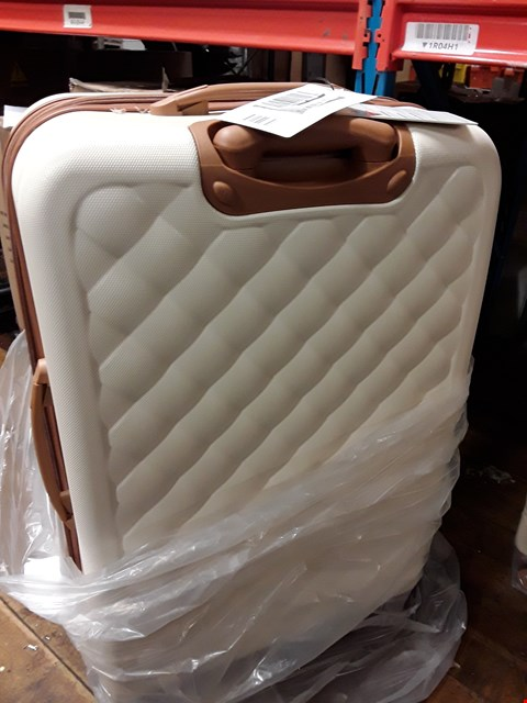 Lot 1780 BRAND NEW FASHIONISTA 8 WHEEL HARD SHELL SINGLE EXPANDER  TROLLEY MEDIUM CASE IN CREAM RRP £74.99
