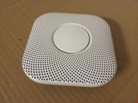 Lot 8033 NEST PROTECT SMOKE AND CARBON MONOXIDE ALARM