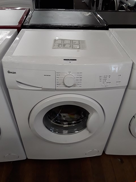 Lot 3 SWAN SW1580W WHITE 6KG WASHING MACHINE RRP £269.99