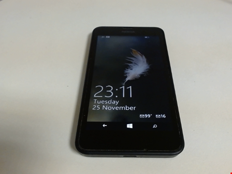 Lot 5127 NOKIA RM-974 ANDROID SMART PHONE