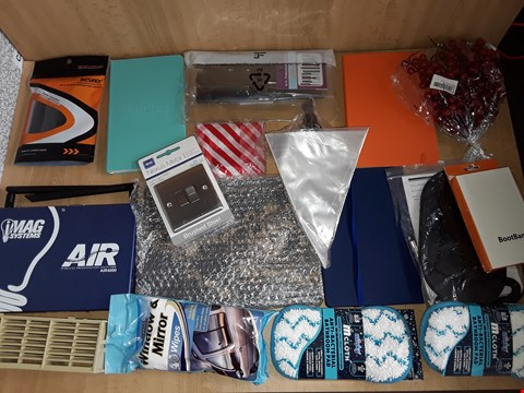 Lot 2544 BOX OF APPROXIMATELY 20 ASSORTED ITEMS TO INCLUDE BATHROOM PADS,NOTEBOOKS AND NEXUS METAL SWITCH