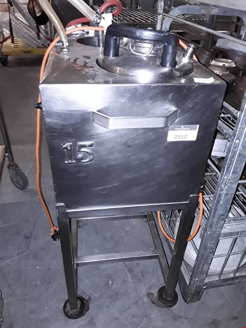 Lot 9030 COMMERCIAL STAINLESS STEEL PRESSURE LIQUID BOILER