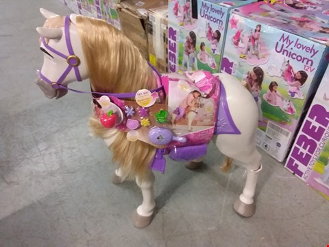 Lot 2028 DISNEY PRINCESS PLAY DATE MAXIMUS HORSE  RRP £90