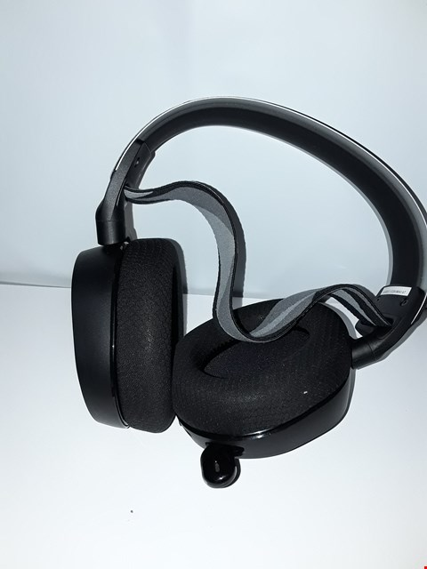 Lot 4248 STEEL-SERIES OVER EAR HEADPHONES
