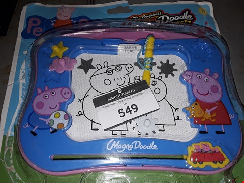 Lot 549 PEPPER PIG  ) MAGIC DOODLE