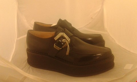 Lot 2073 PAIR OF VIKTOR & ROLF CREEPERS SIZE 41