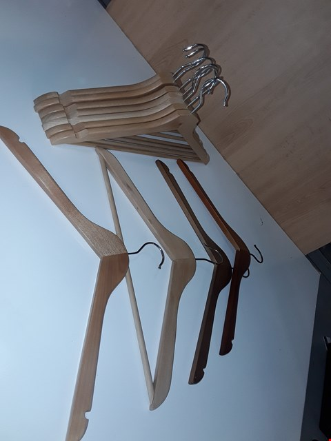 Lot 190 LOT OF APPROXIMATELY 10 WOODEN COAT HANGERS