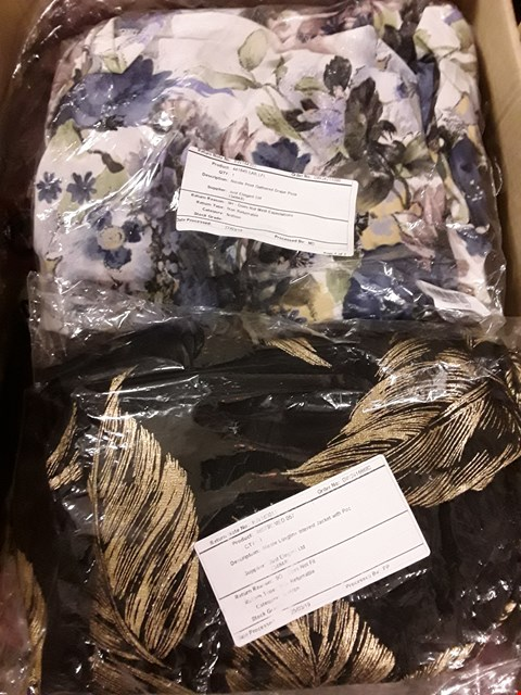 Lot 1324 BOX OF APPROX 25 ITEMS OF CLOTHING TO INCLUDE NICOLE LONGLINE INTEREST JACKET WITH POCKETS, NICOLE PRINT GATHERED DRAPE DRESS WITH POCKETS ETC