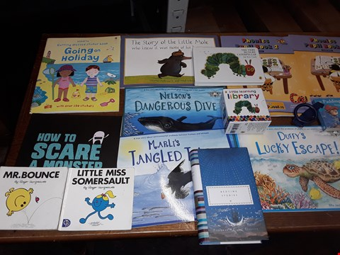 Lot 189 LOT OF APPROXIMATELY 20 ASSORTED CHILDRENS BOOKS TO INCLUDE MR BOUNCE, THE VERY HUNGRY CATERPILLAR, PETER RABBIT BUGGY BOOK AND THE STORY OF THE LITTLE MOLE ECT