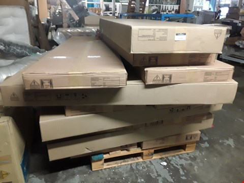 Lot 1133 PALLET OF ASSORTED BOXED BEDPARTS