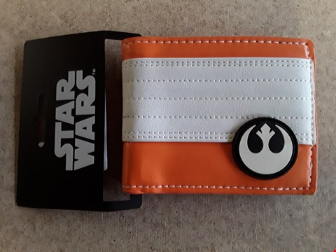 Lot 76 BRAND NEW STAR WARS WALLET