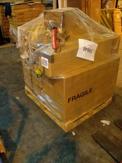Lot 102 PALLET OF APPROXIMATELY 19 ASSORTED ITEMS TO INCLUDE: