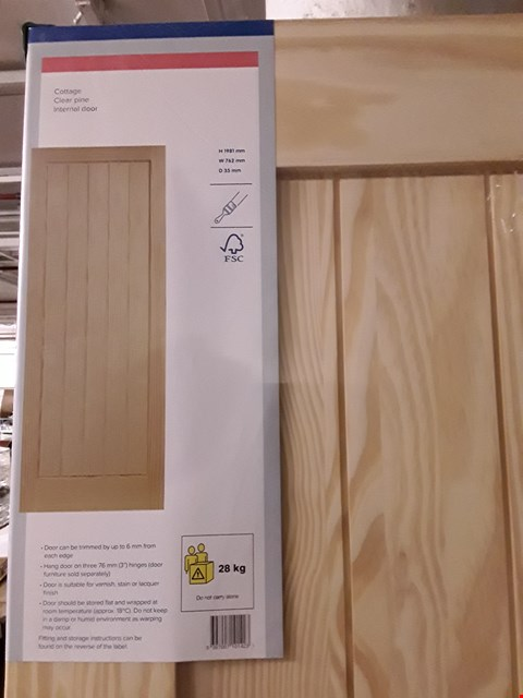 Lot 3158 COTTAGE CLEAR PINE INTERNAL DOOR H1981 X W762 X D35 MM