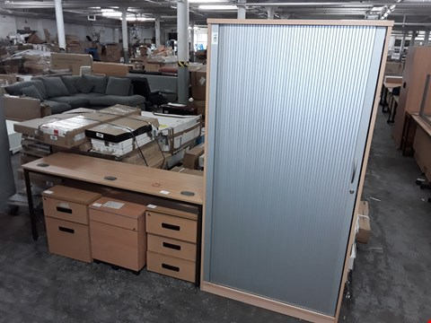 Lot 780 LOT OF 5 ASSORTED OFFICE FURNITURE ITEMS INCLUDES ROLLER FRONT STORAGE UNIT, SLIM DESK AND 3 DRAWERED CABINETS