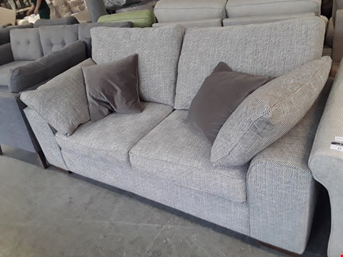 Lot 26 QUALITY BRITISH DESIGNER GEOMETRIC WEAVE FABRIC DEXTER 2 SEATER SOFA