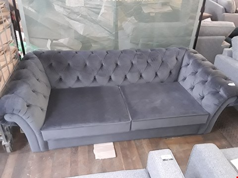 Lot 63 QUALITY BRITISH MADE BLACK VELVET FABRIC 3-SEATER SOFA WITH BUTTON DETAIL