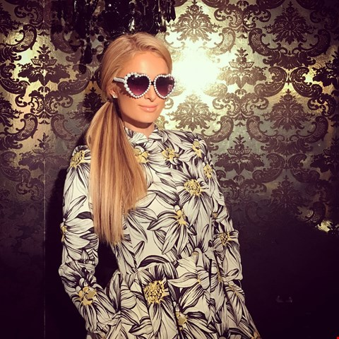 Lot 2 SHADES DONATED BY AMERICAN SOCIALITE AND ACTRESS PARIS HILTON