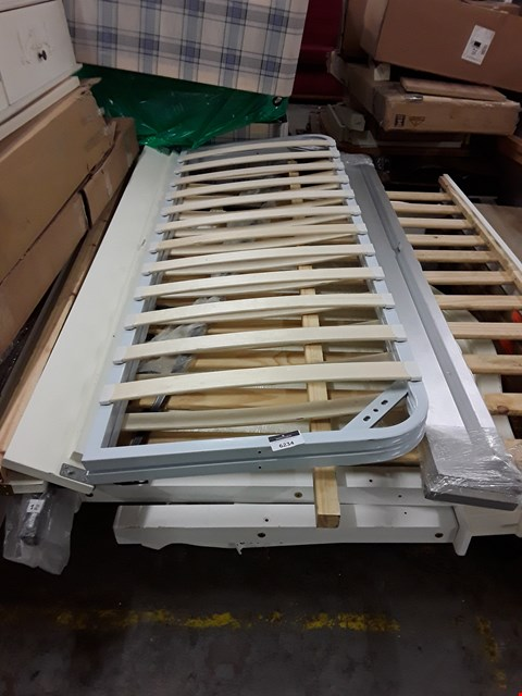 Lot 17467 PALLET OF ASSORTED BEDROOM FURNITURE PARTS