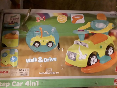 Lot 87 LOT OF 2 ASSORTED GRADE 1 ITEMS TO INCLUDE DOLU STEP CAR 4-IN-1, PAW PATROL FLOOR STANDING EASEL RRP £100