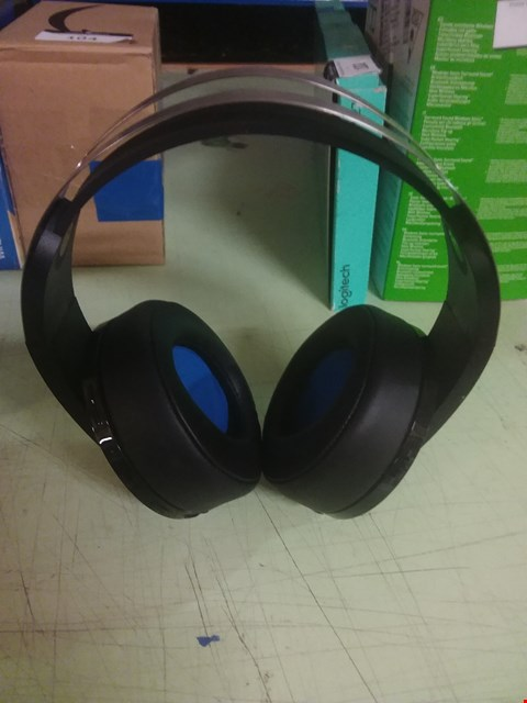 Lot 103 SONY PLAYSTATION PLATINUM WIRELESS STEREO HEADSET