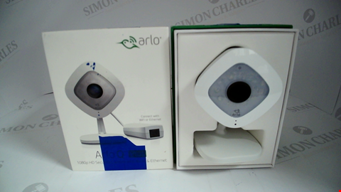 Lot 17132 NETGEAR VMC3040S ARLO Q PLUS SMART HOME 1080P FULL HD SECURITY CAMERA, NIGHT VISION WHITE