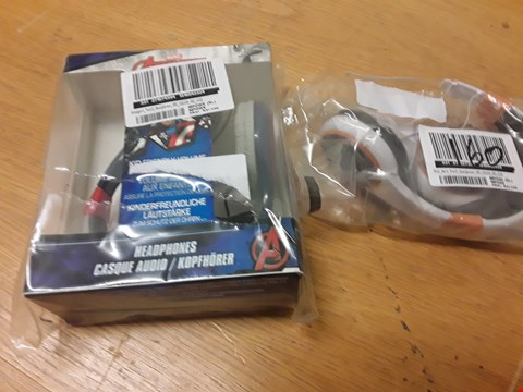 Lot 160 MARVEL AVENGERS HEADPHONES AND STAR WARS YOUTH HEADPHONES  RRP £38