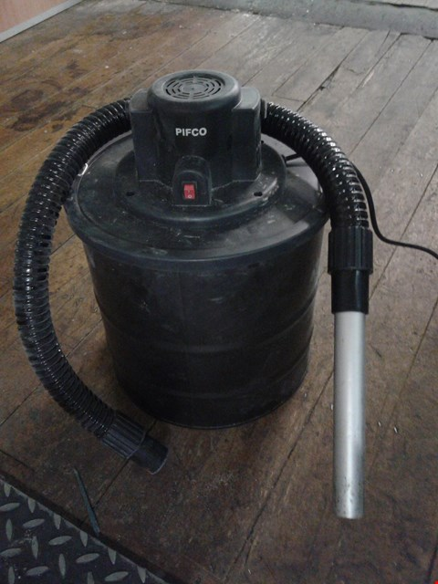 Lot 3491 PIFCO P28017 HOT ASH VACUUM CLEANER