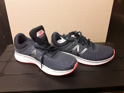 Lot 9057 NEW BALANCE FRESH FOAM STYLE NAVY TRAINERS S9