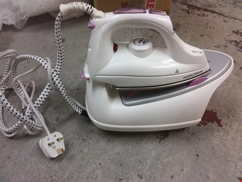 Lot 9570 MORPHY RICHARDS JET STEAM IRON