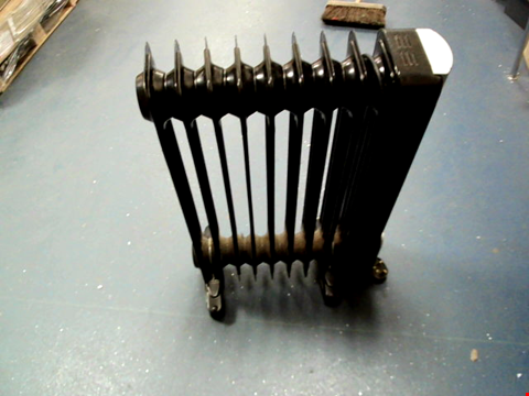 Lot 13716 SWAN SH1016 2000W OIL-FILLED RADIATOR WITH TIMER RRP £89.99