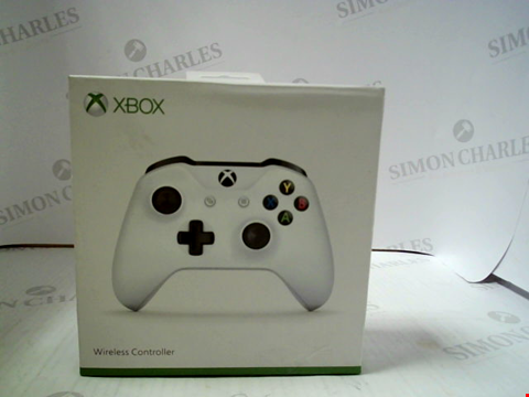 Lot 3096 XBOX WIRELESS CONTROLLER - WHITE