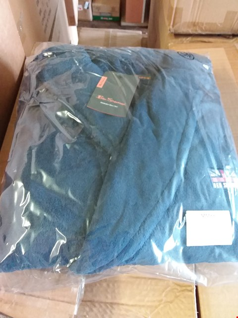 Lot 170 LOT OF APPROXIMATELY 24 BEN SHERMAN ROBES - NAVY SIZE S/M (3 BOXES)