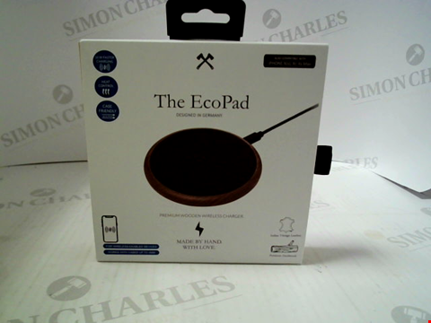 Lot 364 BRAND NEW THE ECO PAD PREMIUM WOODEN WIRELESS CHARGER