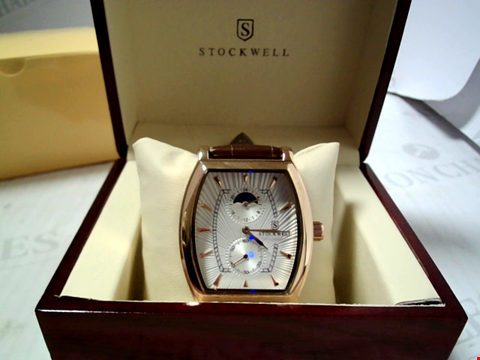 Lot 5629 DESIGNER STOCKWELL MOONPHASE DIAL LEATHER STRAP WATCH RRP £500.00