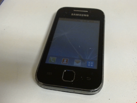 Lot 5107 SAMSUNG GALAXY YOUNG GT-S5360 SMART PHONE