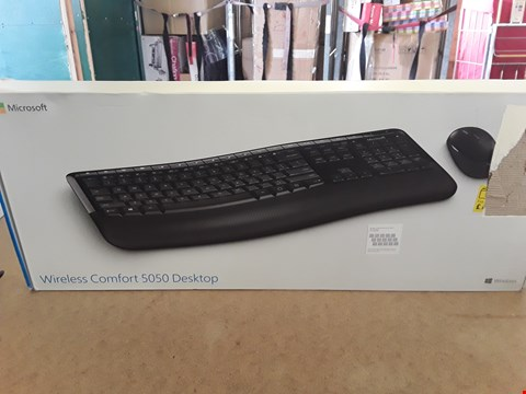 Lot 29 BOXED MICROSOFT WIRELESS COMFORT 5050 DESKTOP KEYBOARD AND MOUSE