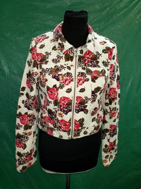 Lot 4116 DIVIDED IVORY FLORAL PATTERN ZIP UP JACKET - SIZE 12