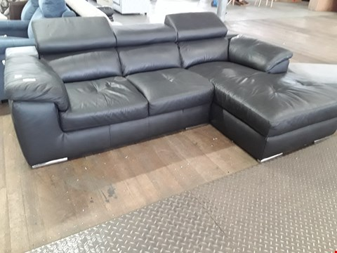 Lot 72 DESIGNER BLACK LEATHER ITALIAN STYLE CHAISE SOFA WITH ADJUSTABLE HEADRESTS