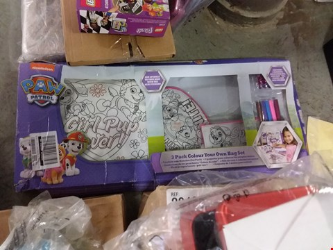 Lot 1583 LOT OF 4 GRADE 1 ITEMS TO INCLUDE LEGO TECHNICS SET, PERSONALISED PHOTO FRAME, PAW PATROL COLOURING SET ETC RRP £72