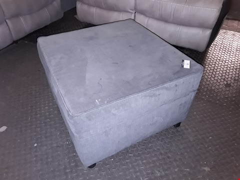 Lot 10002 DESIGNER NEW YORK SQUARE GREY FABRIC FOOTSTOOL RRP £299