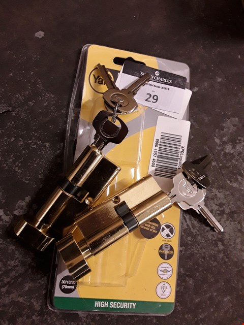 Lot 29 TWO YALE HIGH SECURITY BRASS BODY LOCKS EACH WITH 3 KEYS