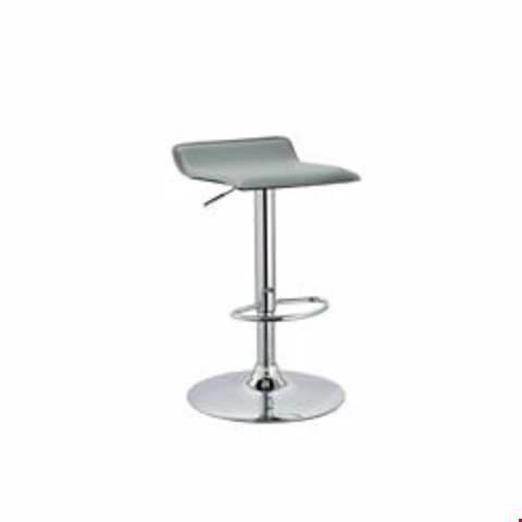 Lot 98 MILWAUKEE GAS BARSTOOL - GREY RRP £70