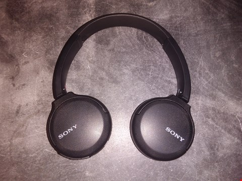 Lot 5142 SONY WH-CH510 WIRELESS HEADPHONES, 35 HOURS BATTERY LIFE WITH QUICK CHARGE, ON-EAR STYLE, HANDS-FREE CALL, VOICE ASSISTANT