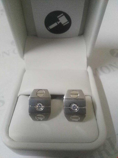 Lot 3 18CT WHITE GOLD DESIGNER CUFFLINKS, DIAMOND SET RRP £2625.00