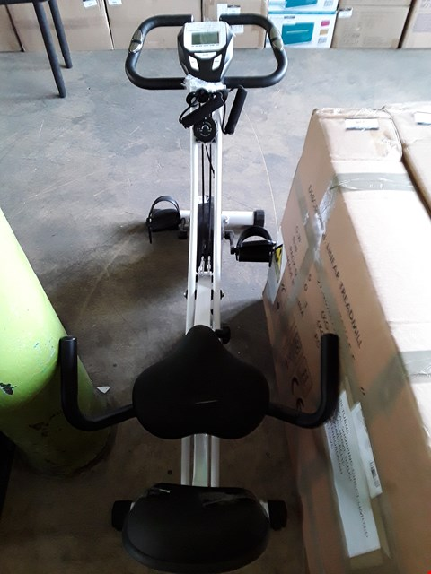 Lot 7058 TOTAL TONE FOLDING EXERCISE BIKE