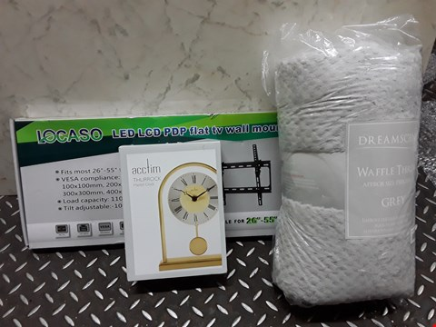 Lot 4467 LOT OF 3 ASSORTED HOUSEHOLD ITEMS TO INCLUDE WAFFLE THROW, TV WALL MOUNT AND ACCTIM MANTEL CLOCK