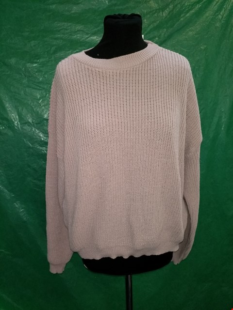 Lot 4110 IN THE STYLE PINK KNITTED JUMPER - SIZE LARGE