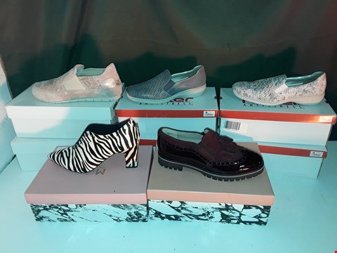 Lot 1061 LOT OF 8 ASSORTED PAIRS OF SHOES TO INCLUDE MODA IN PELLE, RIEKER, MANAS