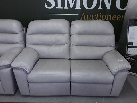 Lot 8015 QUALITY DESIGNER BRITISH MADE WOODEN FRAME LIGHT GREY LEATHER ELECTRIC RECLINING 2 SEATER SOFA WITH MATCHING ARMCHAIR