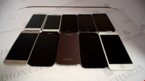 Lot 17372 LOT OF 10 ASSORTED MOBILE PHONES TO INCLUDE HUAWEI, SANGUNG AND APPLE